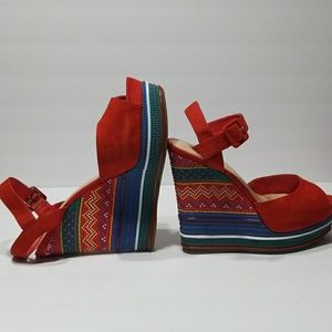Gianni Bini red open toe wedge